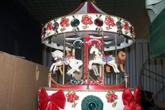 BEAUTIFUL CARROUSEL TOY MUSICAL in Fort Rucker, Alabama