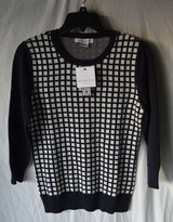 Liz Claiborne  Women's Top NWT top size M in Joliet, Illinois