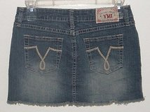 YMI Fringed Denim Jean Mini Skirt In Women's Size 3 Juniors in Shorewood, Illinois