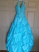 Gorgeous sz 9/10 turquoise & sequin prom dress in Aurora, Illinois