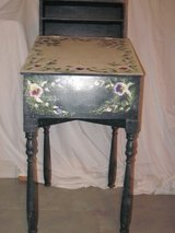 Decorative Desk in Elgin, Illinois